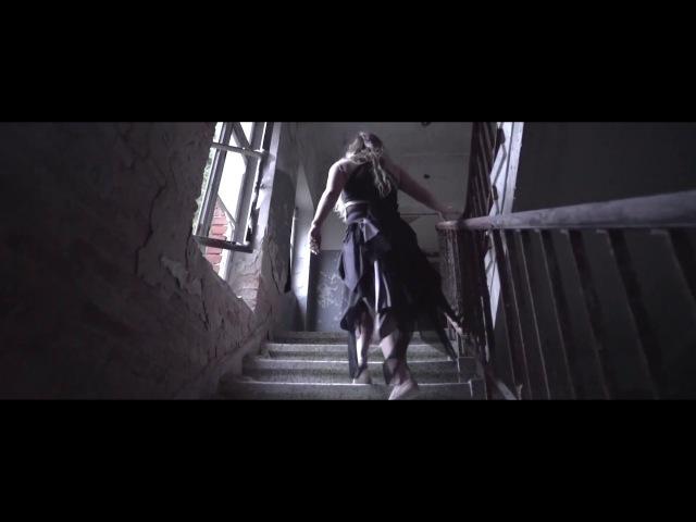 VALNTN feat. Emilia Ali Can't Let Go (Official Music Video)