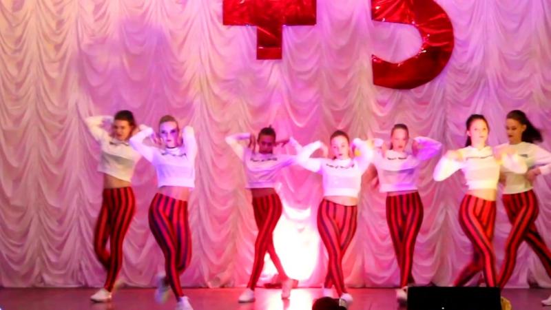 Трэш, dancemix, средняя группа Плюс Один