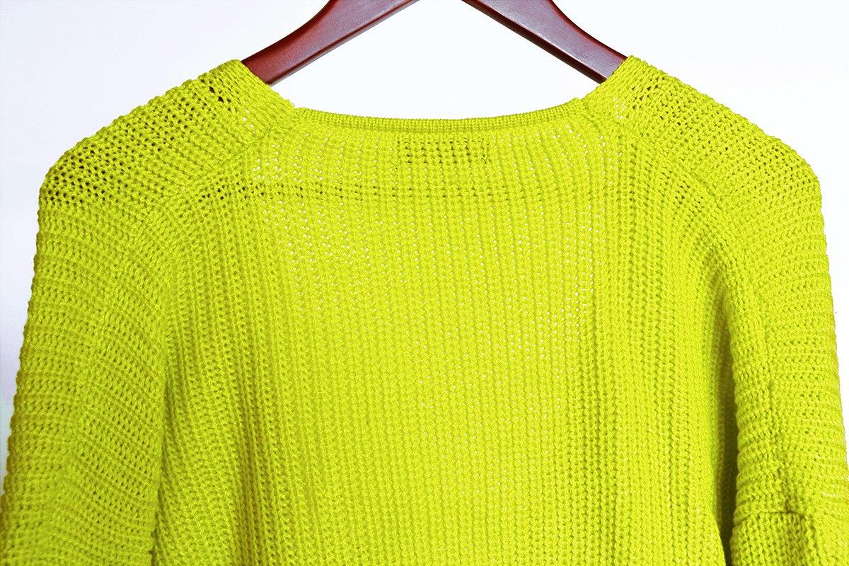 Свитер с имитацией узла - самая трендовая модель свитера в этом сезоне