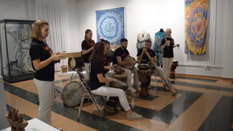Выступление студии этнической перкуссии Этнобит в Музейной Студии. 3.11.2017 г.