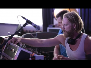 Deep House presents: Gus Gus - Arabian Horse (Live on KEXP) [HD 1080]