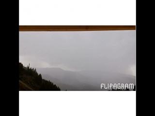 Дождь на туристической базе