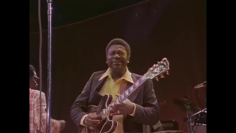 BB King - Why I Sing The Blues - Live In Africa 1974 (они все спрашивают,почему я выдуваю Блюз?)