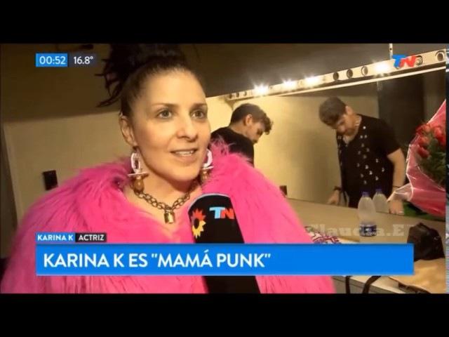 Karina K es Nina Hagen en Mamá Punk Teatro Maipo Tn de Noche