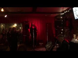 Niech żyje bal (Ольга Круподерова)