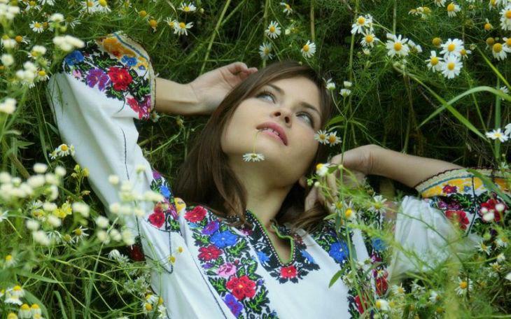 Красивые славянские девушки(16 фоток)