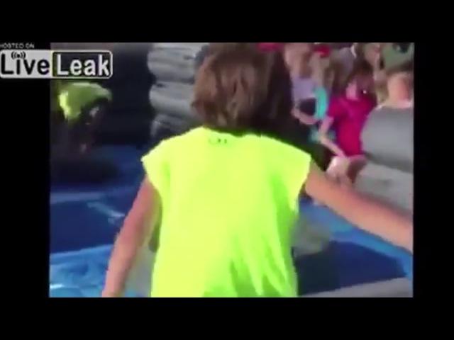 Kid gets DISCOMBOBULATED