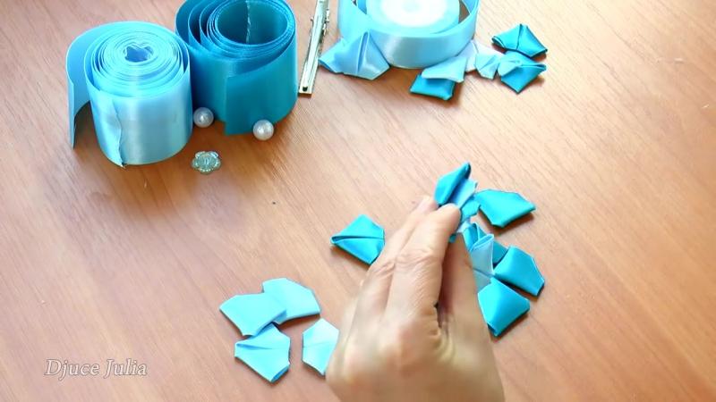 ЦВЕТОК Канзаши из атласных лент _ DIY Kanzashi flower ribbon_ Djuce Julia