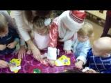 Творчество на празднике у малышей!!! Делаем звонкие колокольчики, чтобы позвать Деда Мороза