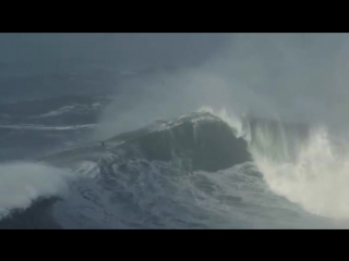 Nazare Moments - Part 2 - AS BIG AS IT GETS - NAZARE 18.01.2018 - YouTube.mp4