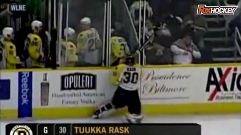 Топ-10 случаев в хоккее, когда вратари психанули