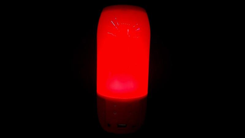 Колонка красная Bluetooth с подсветкой