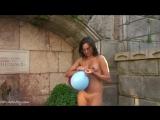 Обнаженные на публике / Nude In Public (часть 2)