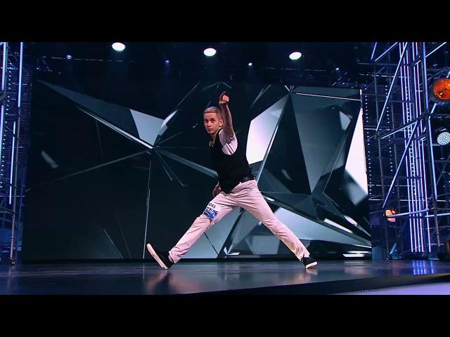 Танцы: Александр Андриенко (Ivаn Dоrn - Trapped) (сезон 4, серия 5) из сериала Танцы смотре ...