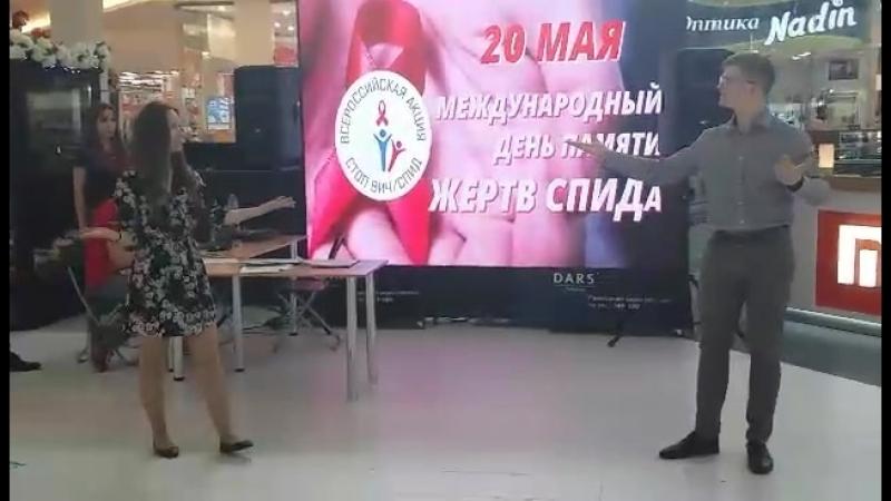 жестовое пение от студентов Ульяновского фармацевтичесого колледжа