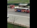 троллейбус быстро езжай😂