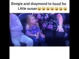 Маленькая девочка впервые увидела нигерские тёрки