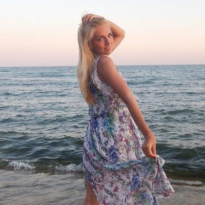 Anna Kolmakova