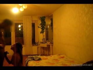 проститутка работает на трассе