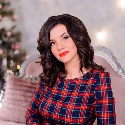 Анна Бреднева