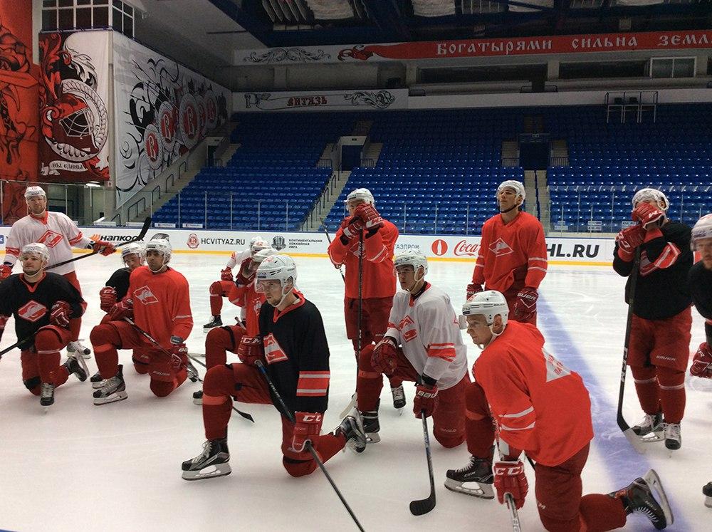 «Спартак» готовится к матчу в Подольске