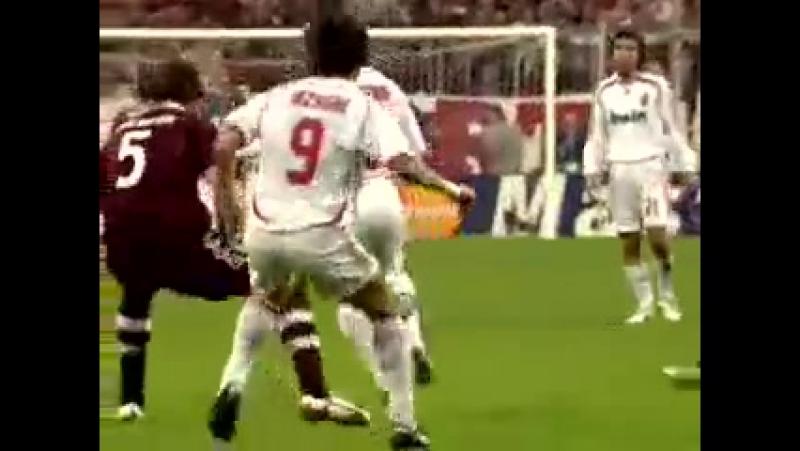ЛЧ 2007 1 4 Бавария Милан 0 2