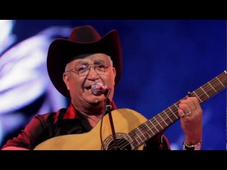 Eliades Ochoa - Desde el gran teatro de La Habana