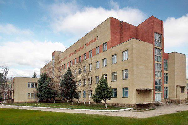 Путин выделил деньги на капитальный ремонт Зеленчукской ЦРБ