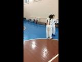 Отработка связок в парах... напарник на тренировке - это помощник, от которого зависит как вы научитесь выполнять упражнения...