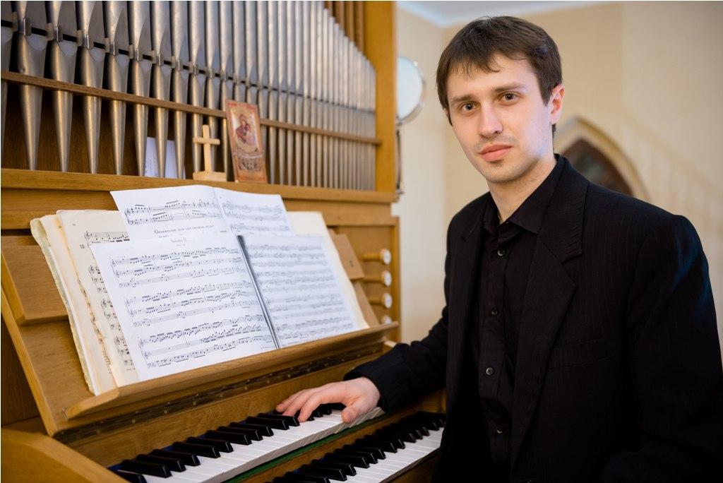 Органист из Казани выступит в Луганской филармонии