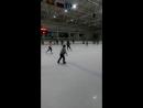 Первый раз на коньках 🙃