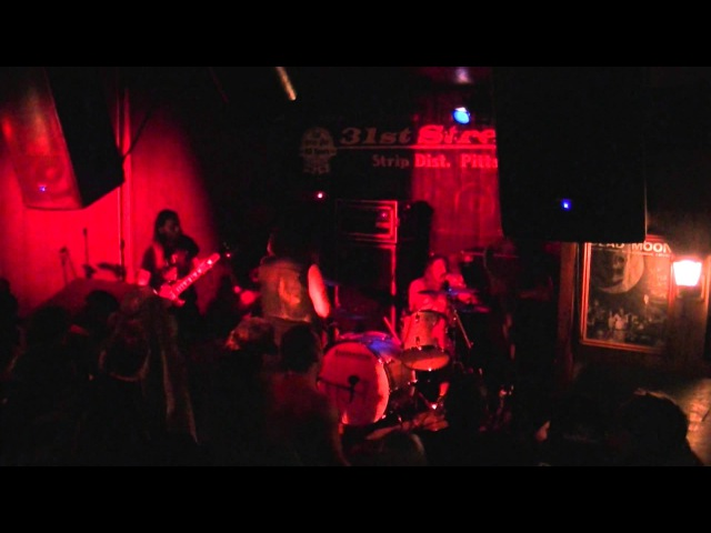 WINDHAND Live @ 31st Street Pub, Pittsburgh, PA 09/05/2014 3 camera HD mix