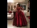 Видео примерки платья Зака Позена