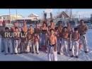 Дети в Якутии облились холодной водой на 30 градусном морозе