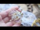 Объемная брошка Мушка золотая