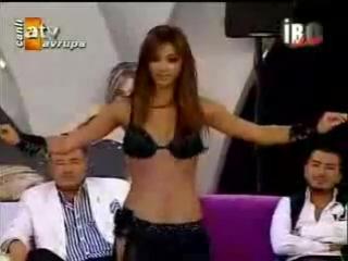 Velikolepnaiay Didem Turkish bellydancer