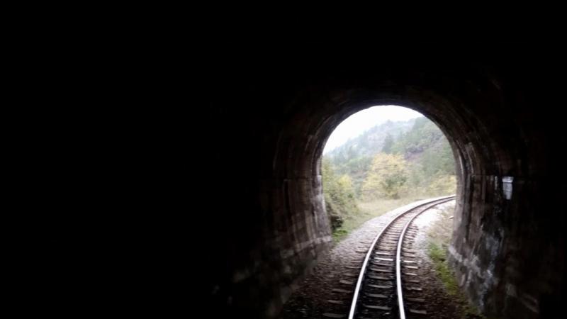 Мокра Гора и Шарганская осмица —путешествие по горной узкоколейной железной дороге.