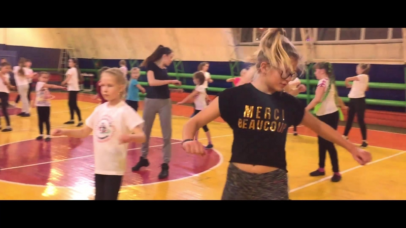 Тренировка по черлидингу Ялуторовск