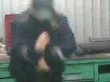 Вот чем занимался Соколов Алексей на авто практики в автосервисе на старой деревне!!_-_он опазорил сваими грязными танца