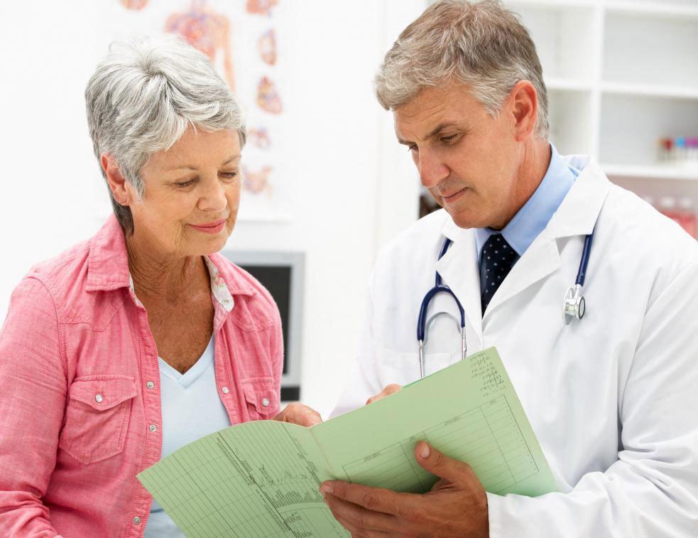 Врачи советуют, чтобы люди старше 45 лет имели диабетические скрининги на регулярной основе.