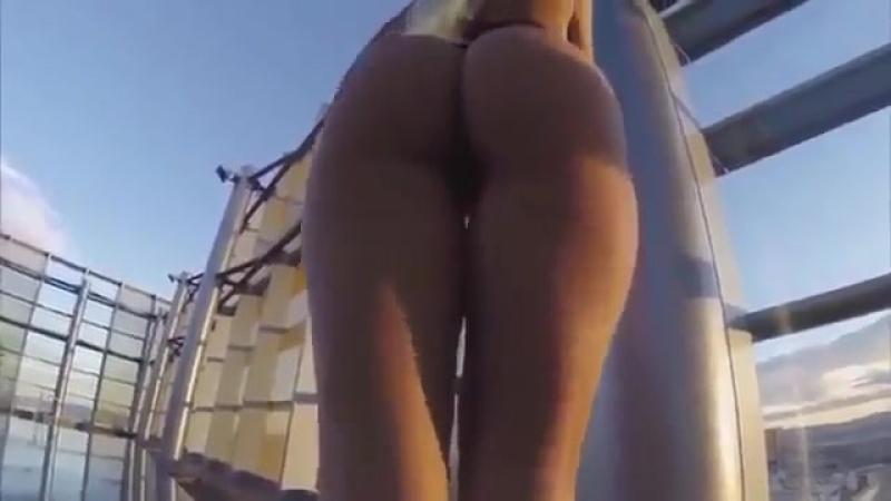 Сочная попка в мини бикини грудь сиськи попа эротика секс эротика sex стриптиз сочная попкаконфетка 360p