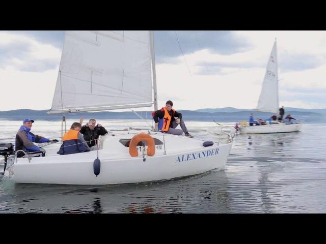 Прогулка на яхте по озеру Тургояк