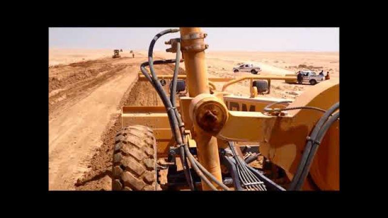 Автогрейдер HBM-Nobas BG-240 T-4 в пустыне