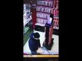Посетитель в секс шопе
