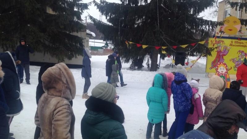 А это в Вязовке так весело провожали зиму 🤣