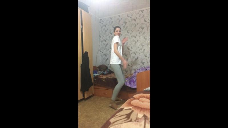 Ксения Богомолова — Live
