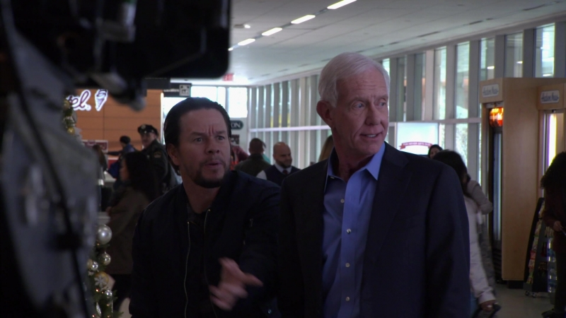 [Daddy's Home 2] Captain Sully