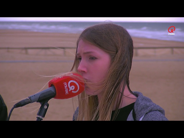 Q-Beach House: Blanche - Youth (cover) (Live bij Q)