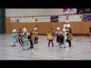 как танцуют дети
