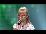 Малышка класно поет  песню Unconditionally на шоу Голос Дети 2018